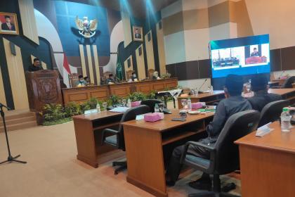 PERIPURNA IV, Persetujuan Raperda PAPBD Tahun Anggaran 2020